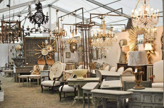 Our Top 10 Favorite Flea Markets | d-ravel.com